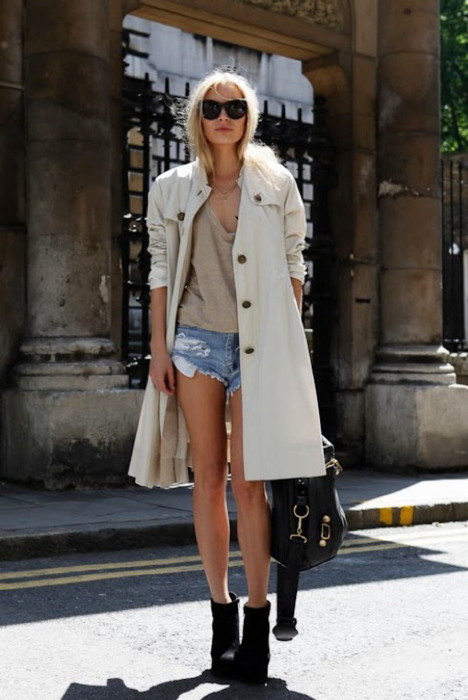 wardrobe-essentials-how-to-wear-a-trench-shorts-21.jpg
