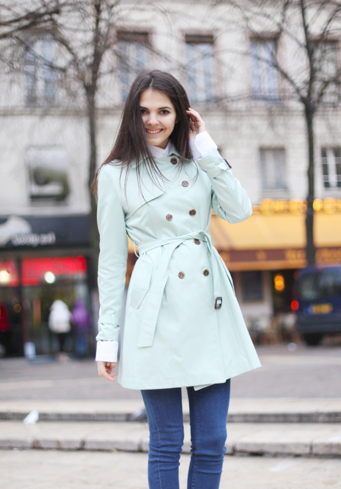 wardrobe-essentials-how-to-wear-a-trench-colorful-trench.jpg