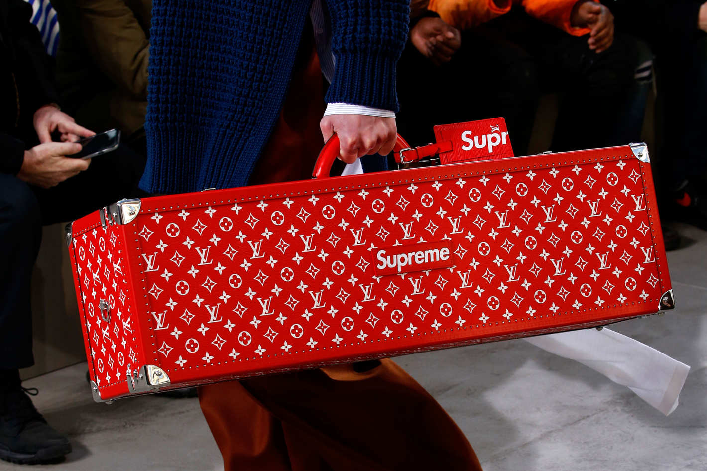 06-supreme-louis-vuitton-01.w710.h473.2x.jpg