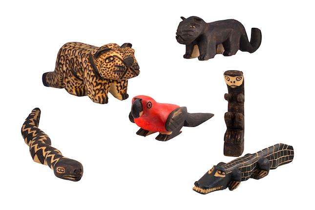 姆比亚瓜拉尼人手工雕塑 美洲虎、美洲虎、蛇、鹦鹉、猴、凯门鳄.jpg